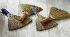 Small Hand Duster (Set of 4)