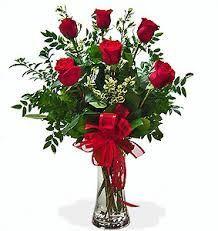 1/2 Dozen Roses in Vase