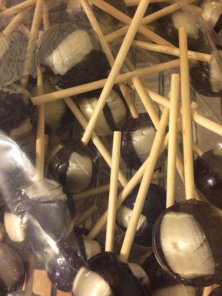 Licorice Jumbo Pops