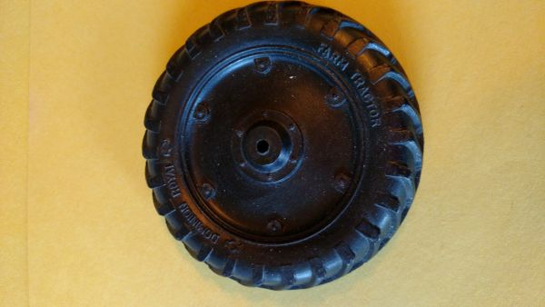DR20TT Dominion Royal Tractor Tire