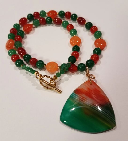 Green and Carnelian Agate Necklace