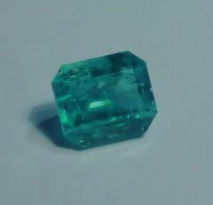 RB2-0028; Emerald, Brazil, Epo Resin Treated