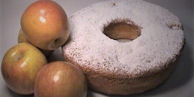 German cake for pick up San Diego Apple cake near me Bakery near me Butter pound cake with apples
