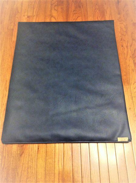 Mat- large - marine vinyl deep dark blue mat but not navy