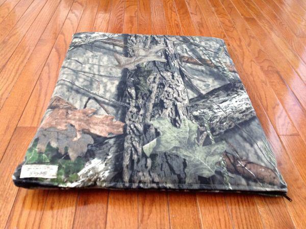 Small cat/dog cushioned cover Mossey Oak camo