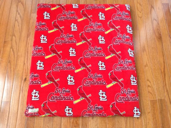 Cover - medium mat cover made from MLB St. Louis Cardinal's fleece fabric