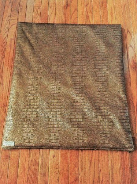 Mat - medium - beautiful designer copper color alligator look