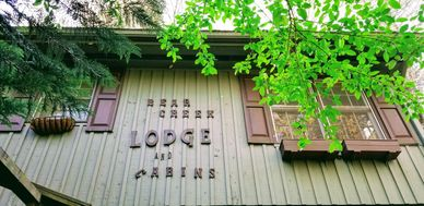 The LODGE at Bear Creek Lodge and Cabins in Helen Ga Hot Tub Pool Table 5 Bedrooms/4 Bath Sleeps 13