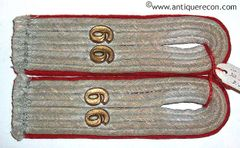 WW II GERMAN ARMY 66th ARTILLERY 30th INFANTRY DIVISION LIEUTENANT SEW IN SHOULDER BOARDS