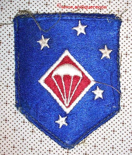 WW II USMC MARINE AMPHIBIOUS COMMAND PARATROOPS BATTALION PATCH