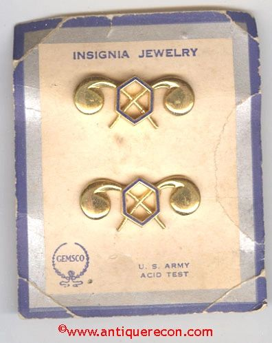 WW II US ARMY CHEMICAL CORPS OFFICER INSIGNIA - AMCRAFT