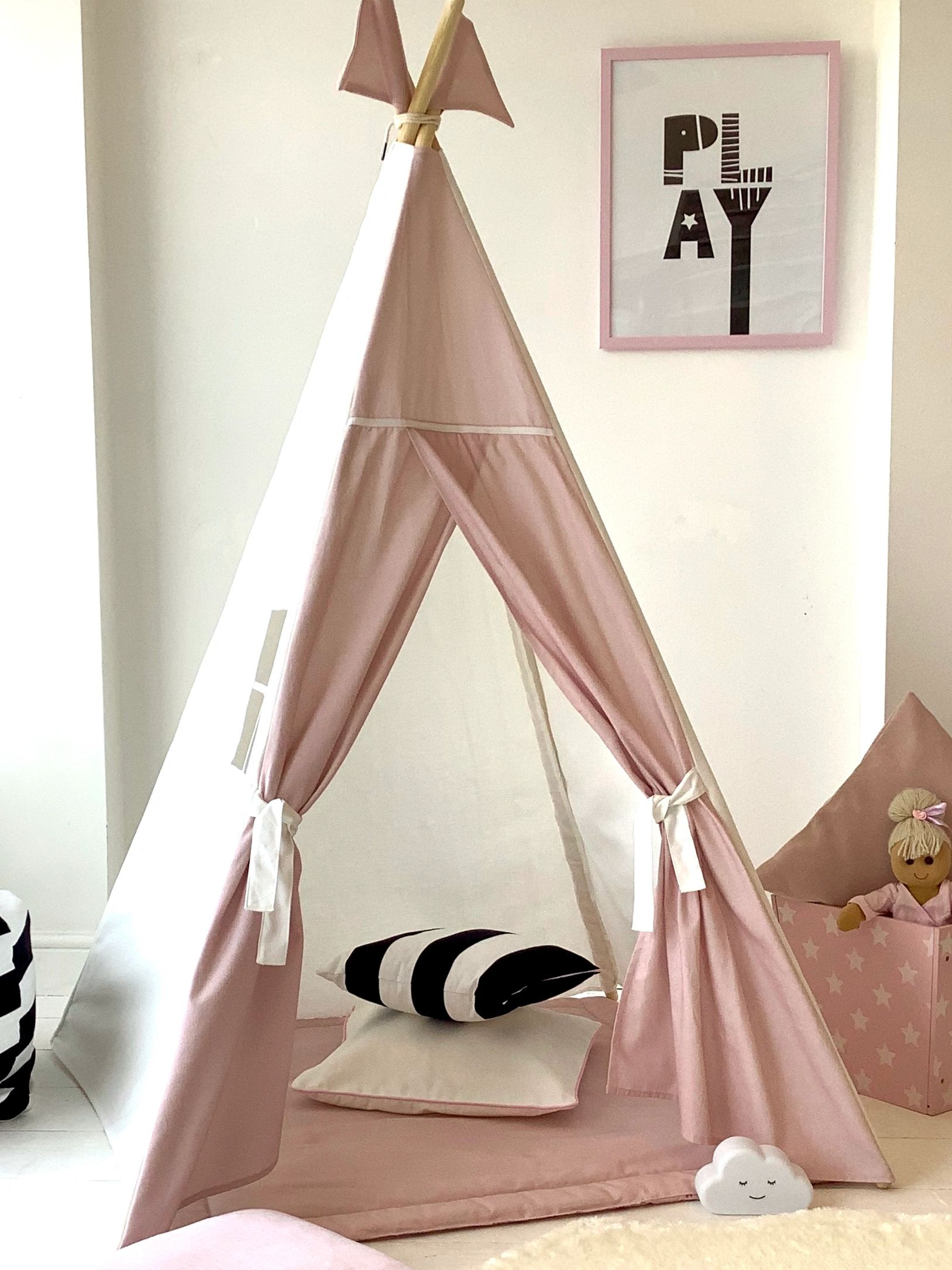 pink and white teepee made in England by the great British teepee company