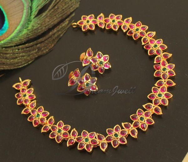 Beautiful Gold Tone Real Kemp Green Stone Designer Necklace Set