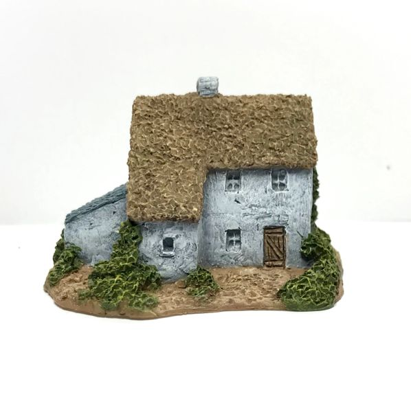 (6mm) Thatched Farmhouse (6B034)