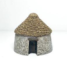 (10mm) 2 x Small Thatched Huts (10B029)