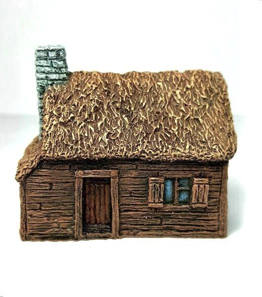 10mm Thatched Timber Cottage