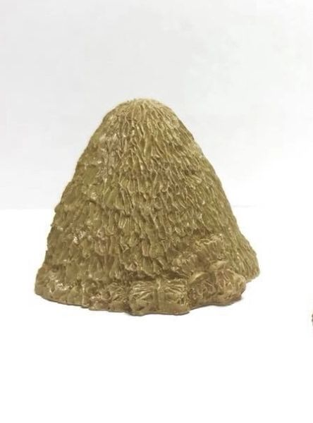 10mm Haystacks & bales (pack of 4)