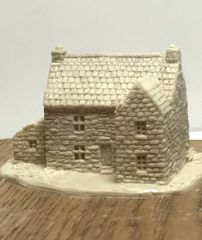 (6mm) PREORDER ITEM Stone House with Annexe (6B043)