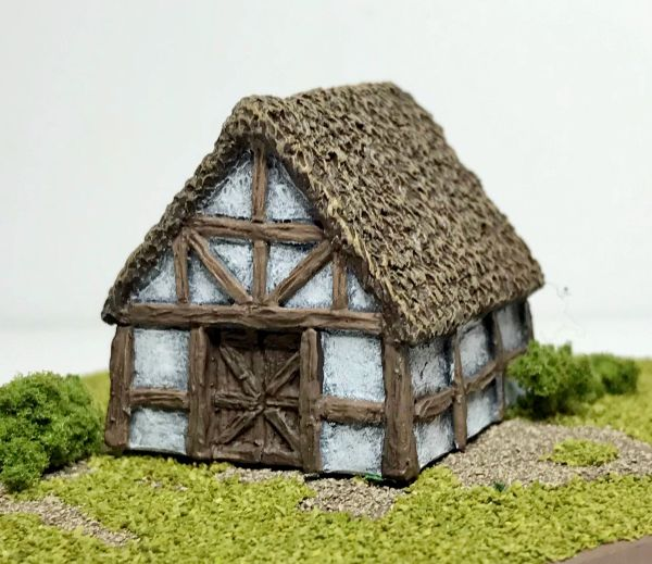 (6mm) Thatched Timber Framed Barn (6B024)