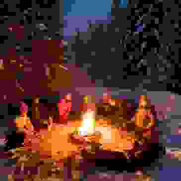 """Snowshoe and Bonfire by Mt Hood Adventure"" by Mt. Hood Territory is licensed under CC BY 2.0"