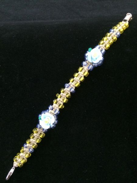 8 inch Bracelet Yellow with Blue Flower Beads
