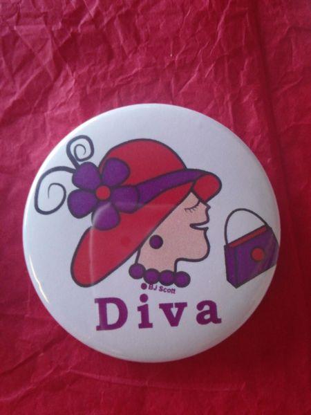 Diva Button 5 #2601