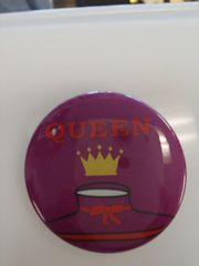 Queen Button #2677