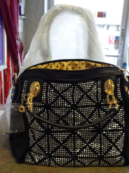 Black and Gold Purse #2809