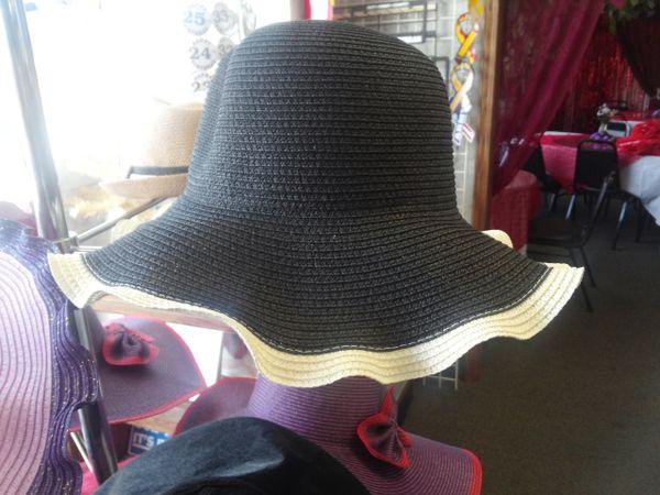 Blac Straw Hat with White Trim #3295