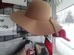 Cream Hat 5865