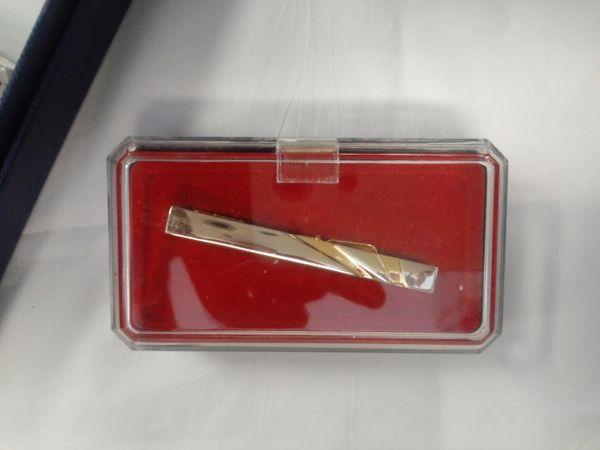 Gold Tie Bar M19