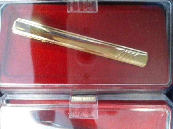 Gold Tie Bar M28