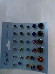 15 Pairs of Earrings REDF12