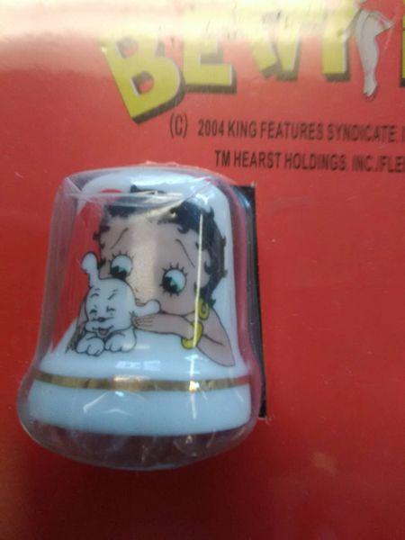 BB Betty w Pup Thimble boop112