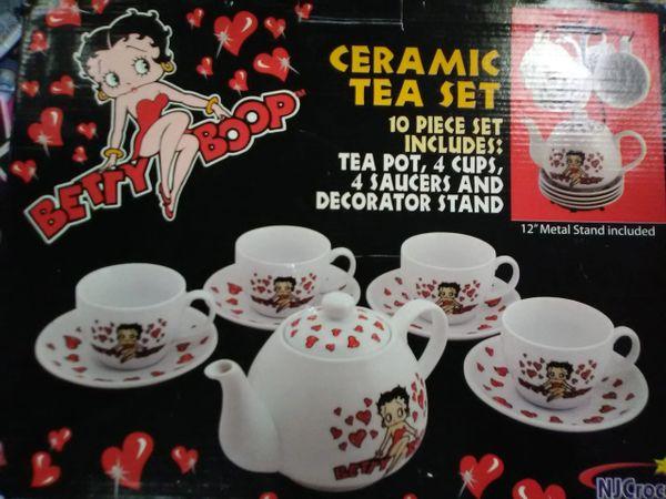 Betty Boop 10 Pc Tea Set boop132