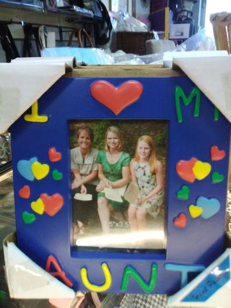I Heart My Aunt Frame IHAF