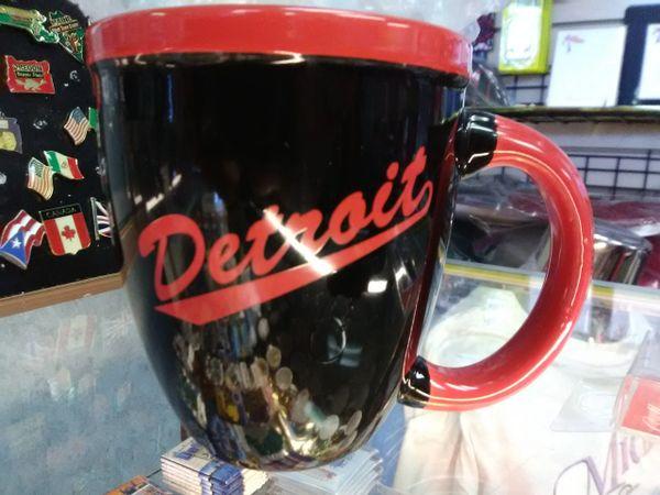Detroit Black w Red Mug DBRM