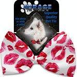 Bow Tie - Valentine's Smooches Bow Tie