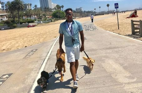 Mooshu, Meru & Honey B during a leisure walk down the Santa Monica beach trail