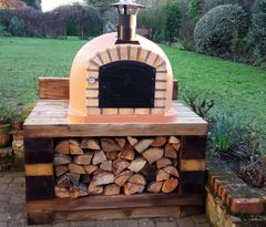 Lisboa 90 cm x 90 cm Black Steel Door Woodfired Pizza Oven (Free Peel)