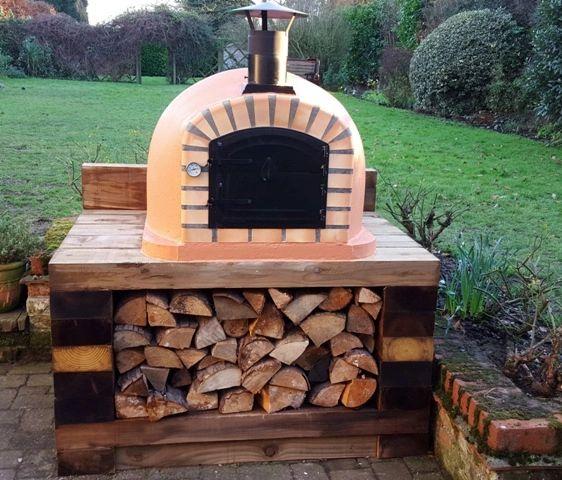 Lisboa 90 cm x 90 cm Black Steel Door Wood-fired Pizza Oven (Free Peel)
