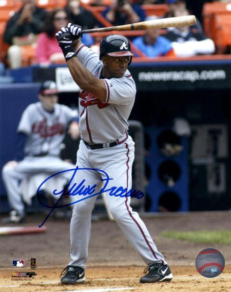 Julio Franco autograph 8x10, Atlanta Braves