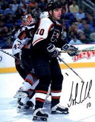 John LeClair autograph 8x10, Philadelphia Flyers