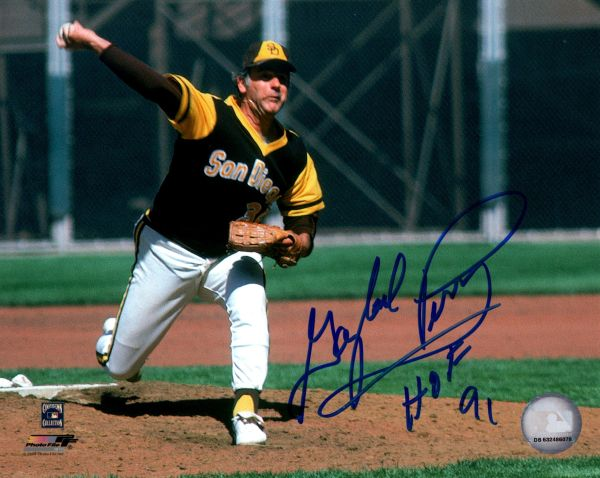 Gaylord Perry autograph 8x10, San Diego Padres, HOF 91