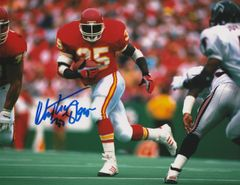 Christian Okoye autograph 8x10, Kansas City Chiefs