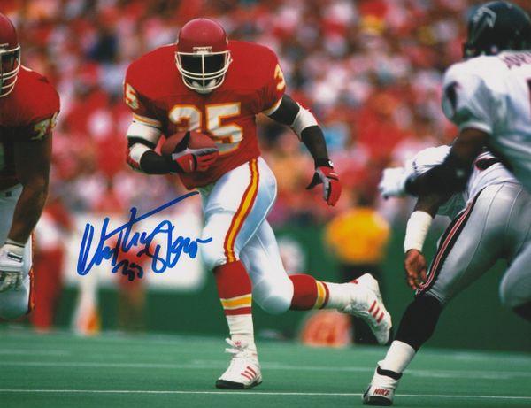 Christian Okoye autograph 8x10, Kansas City Chiefs