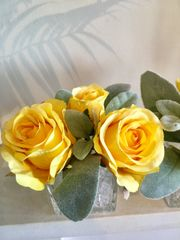 SET OF 2 YELLOW ROSE & FOLIAGE GLASS CUBE ARRANGEMENTS WITH FAUX WATER