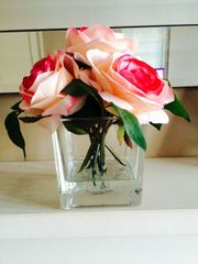 GORGEOUS PINK ROSE CLUSTER ARTIFICIAL FLOWER ARRANGEMENT IN GLASS CUBE & WATER