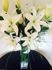 EXTRA LARGE DELUXE IVORY LILIES & GRASS RECTANGULAR TANK VASE ARRANGEMENT IN WATER