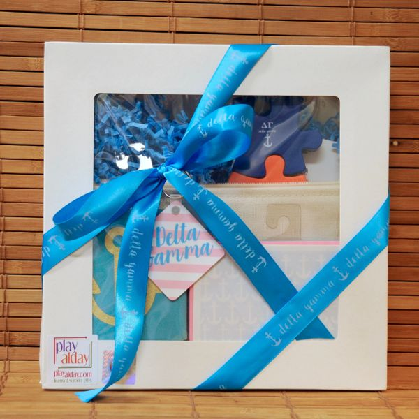 Delta Gamma Large Gift Box